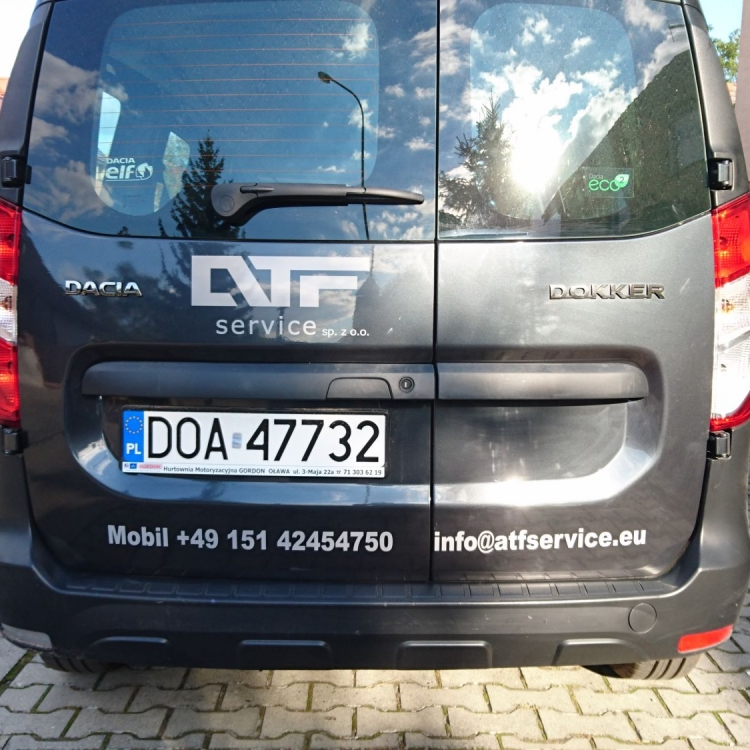 grafika-na-pojazdach-18